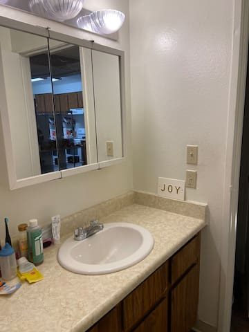 SINGLE BEDROOM STAY IN TEMPE