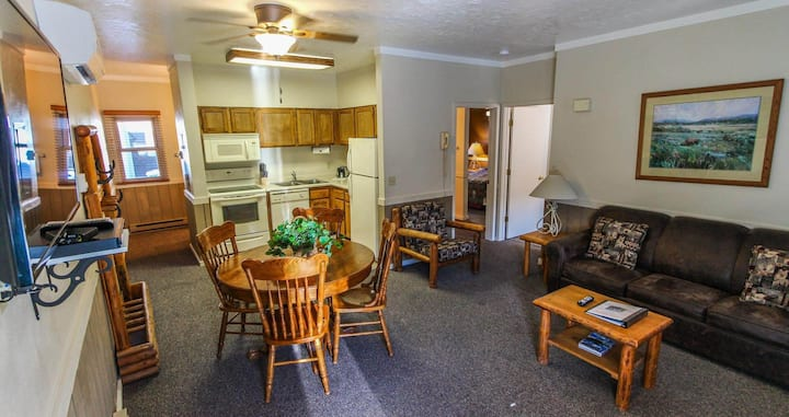 Jackson Hole 2 bedroom/2 bathroom Condominium
