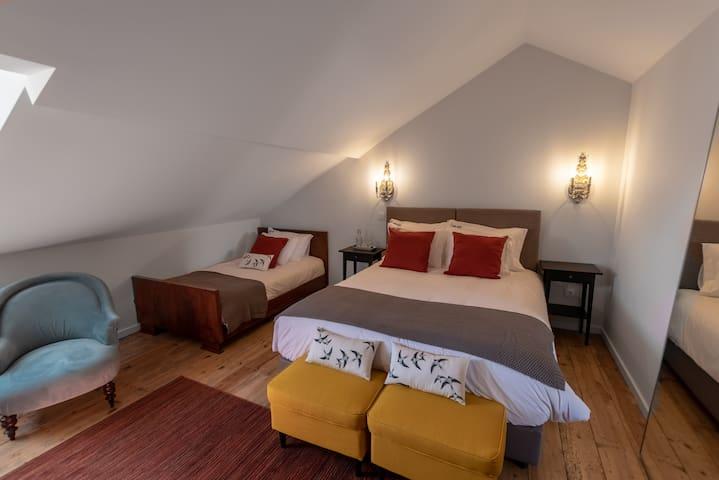 Carnot House: Andorinha / Swallow Suite