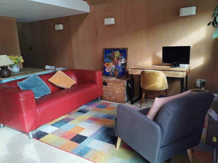 Designer studio sanctuary in heart of Wells