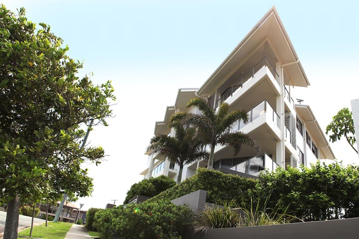 Residential Sea - Ground Floor Penthouse...... - Moffat Beach - Huoneisto