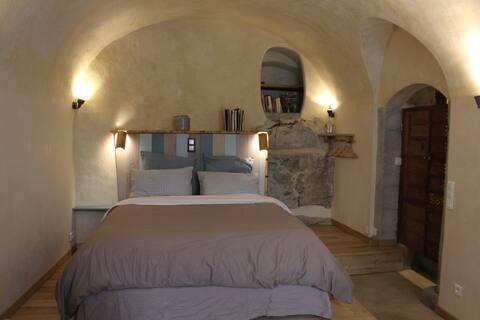 Studio de charme dans village médiéval