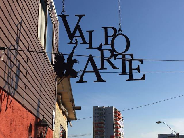 Hostal ValpoArte