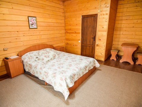 Double room, one double bed 160х220. Guest House Mama Jan