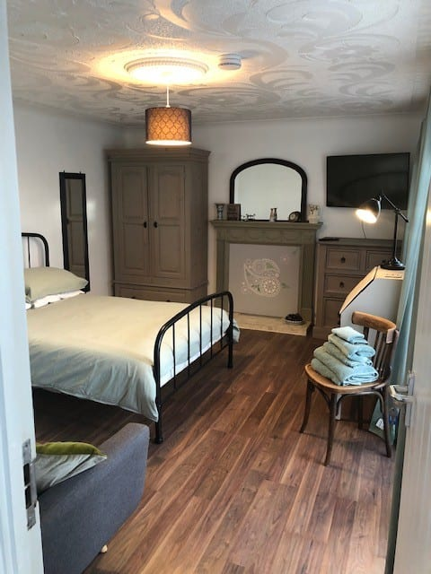 Double room with smart tv, Wi-Fi, (and sofa bed)