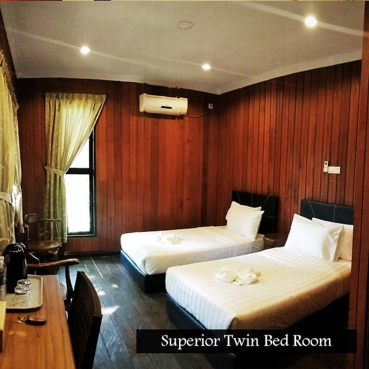 Kinabatangan Wildlife Lodge (Superior Twin)