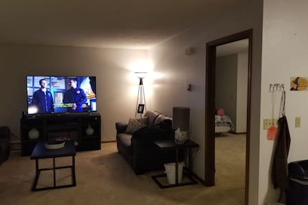 Spacious 1 BR Apartment located above a Salon.