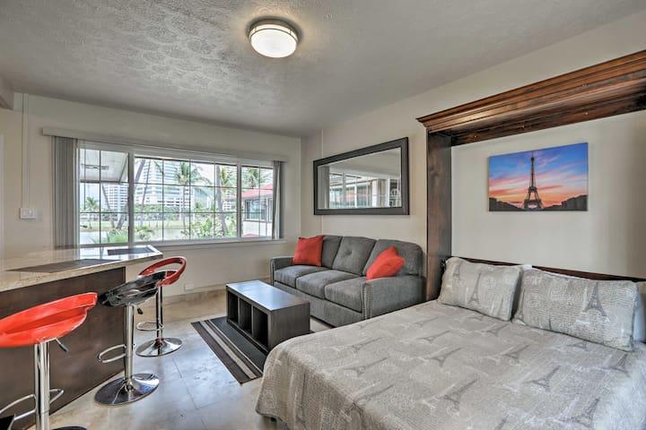 NEW! Cozy Waikiki Studio-1/2 Mile to Beach & Town!