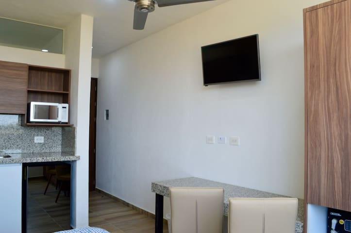 Loft 10 cerca ITESM Solares Residencial con cocina