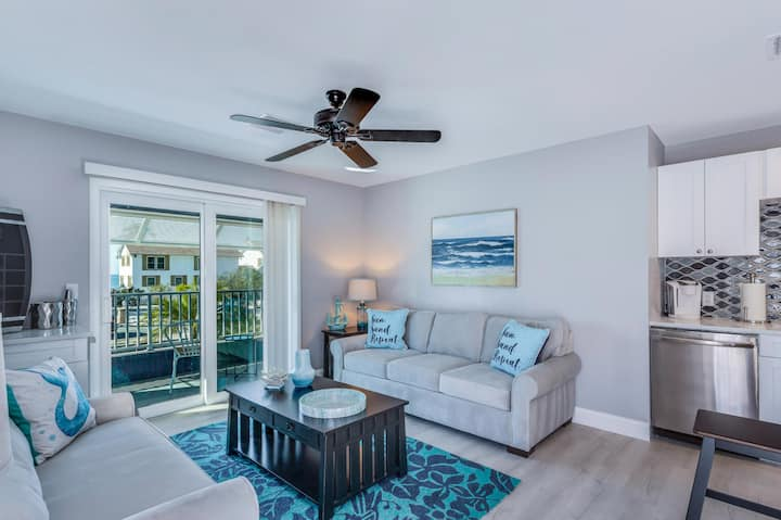 Calming Tides Beach Suite - Fort Myers Beach