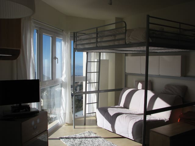 Precioso apartamento a pié de pista