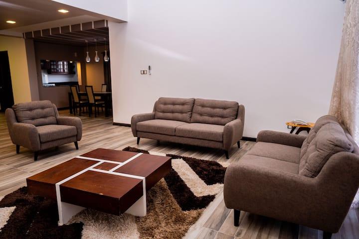 Cozy lifestyle, Pool & Premium location