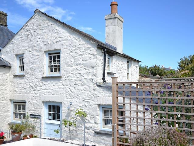 Prospect Cottage, St Davids. Pembokeshire. UK