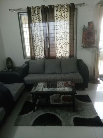 Spacious 2bhk with all amenities in prime location