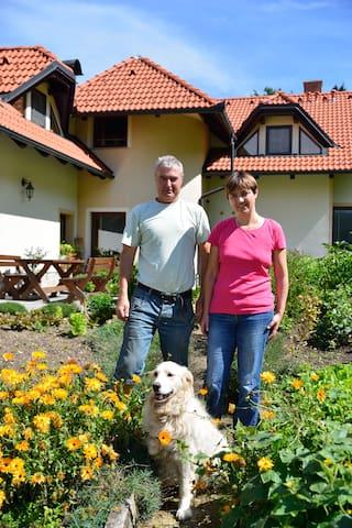 Breda, Roman and Aya