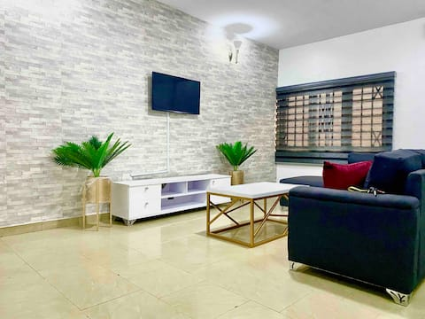 Conducive and comfortable 1 bedroom flat