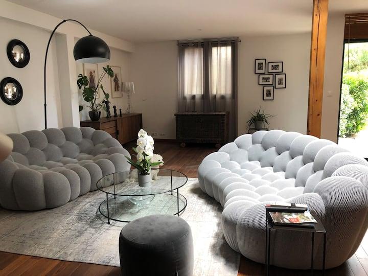 Maison / Loft de 140 m2 + F1 bis - Quartier Halles