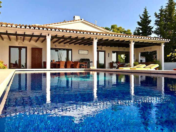 Stunning private Mijas villa with amazing views.