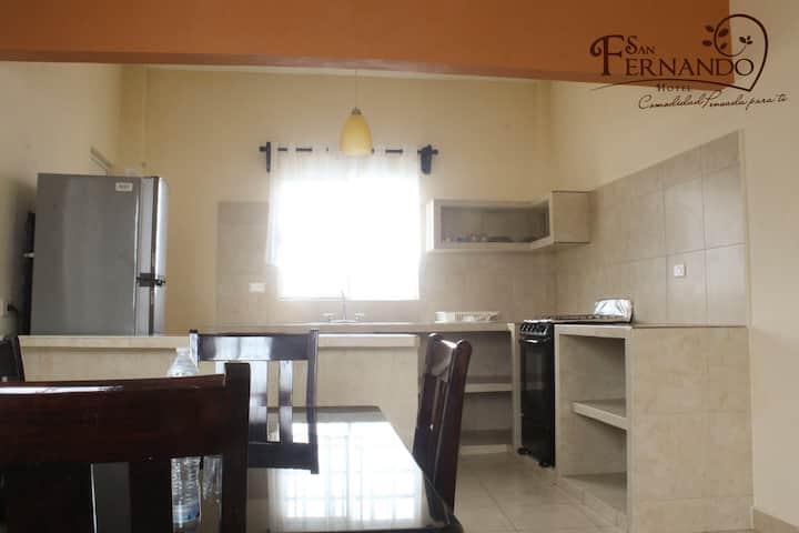 Hotel San Fernando Habitación privada, cocina-sala