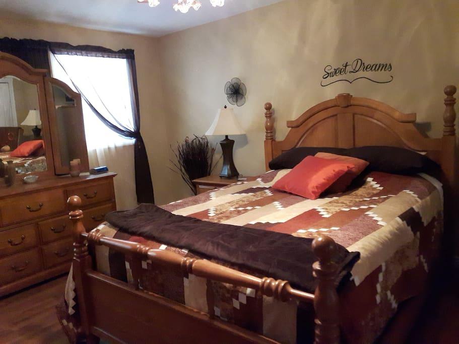 Guest Room #1 - En-suite