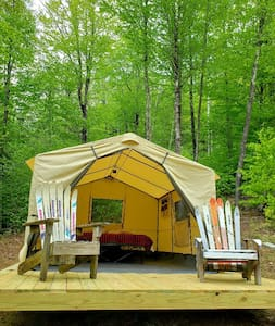 Slopeside Glamping with all amenities.