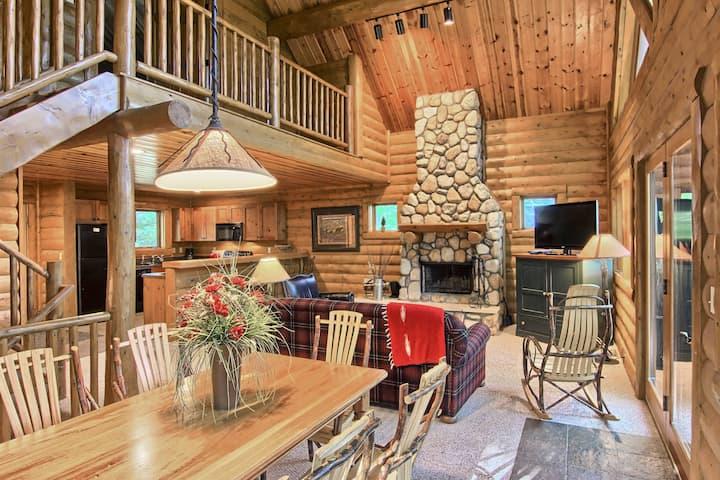 823 Mountain Cabin