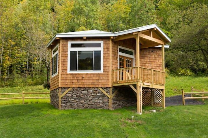 Dancing Bear Cottage