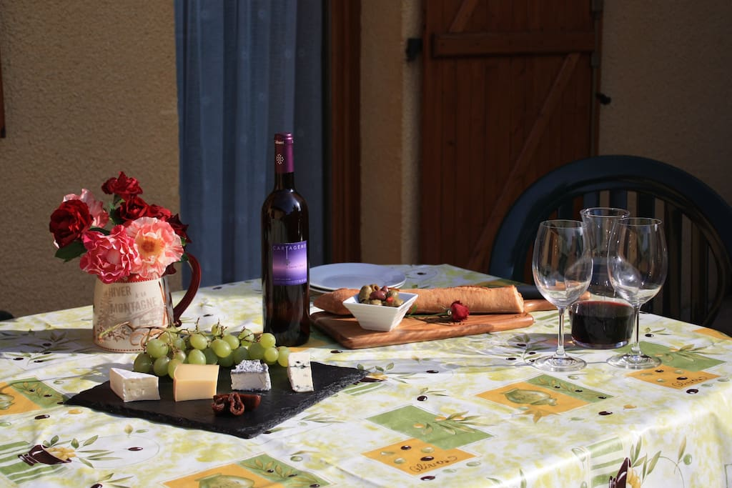 Enjoy a glass of local wine and cheese after a stroll in the picturesque countryside