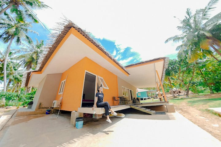 LA NADIYA PAHAWANG ISLAND  2D1N for 10pax