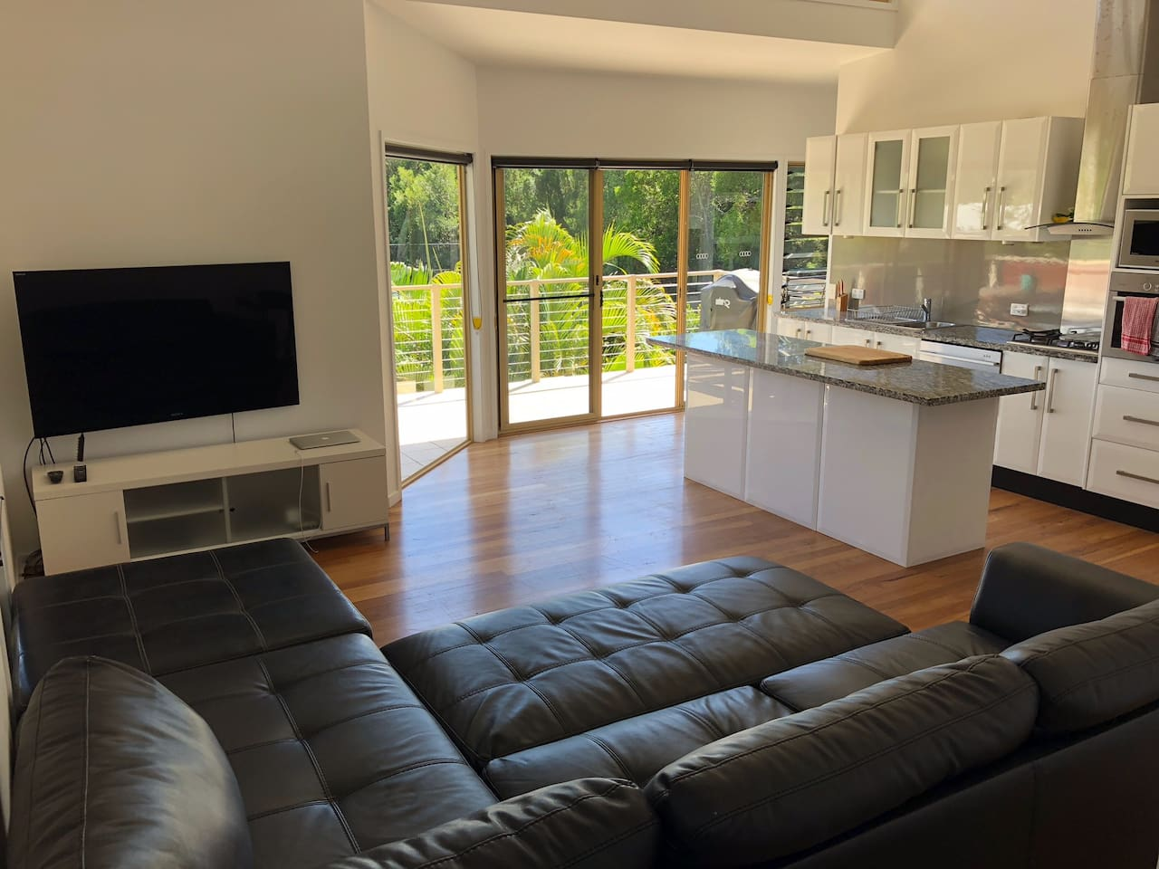Immaculate sun-drenched interiors, open plan layout