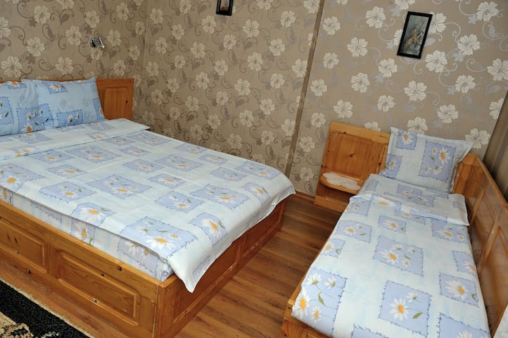 "Cozy family room, Guest House ""Petar Levski"""