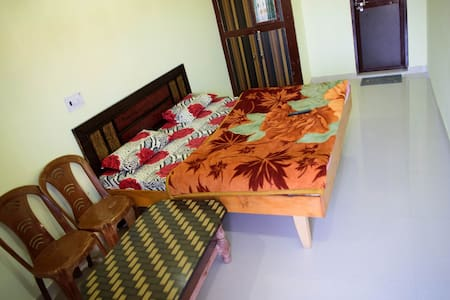 Spotless Comfortable Room at Kempty Range - Mussoorie - Дом