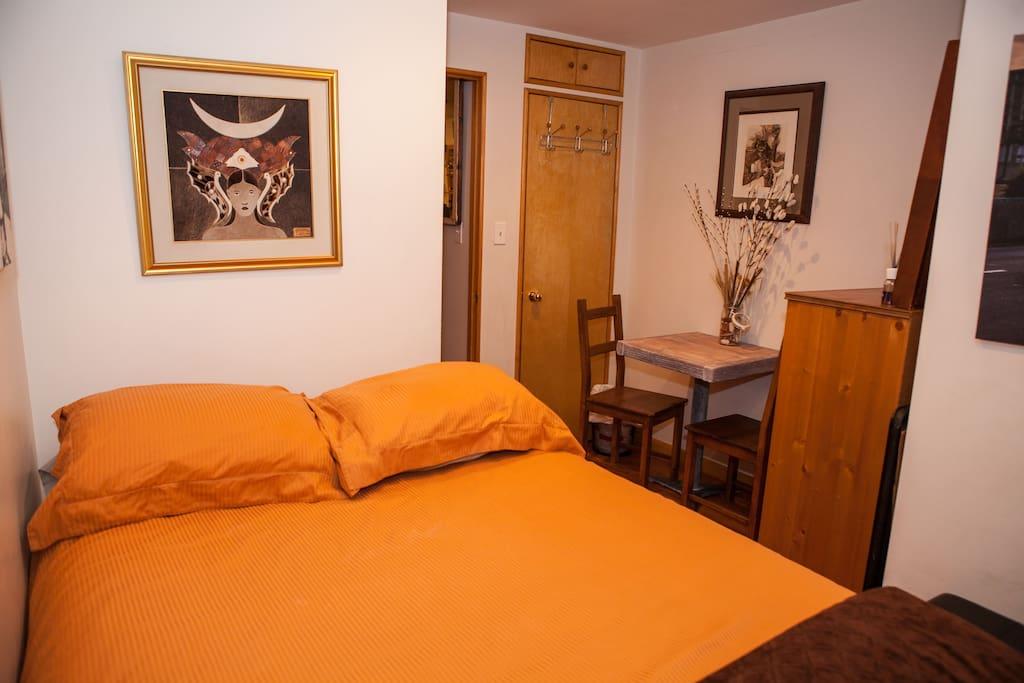Private cozy bedroom in nolita appartamenti in affitto a for Appartamenti in affitto ny