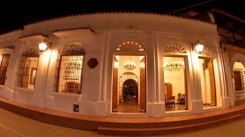 Casa Faice - Colonial House