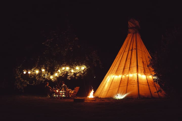 Peaceful Tipi - Beautiful Countryside Glamping
