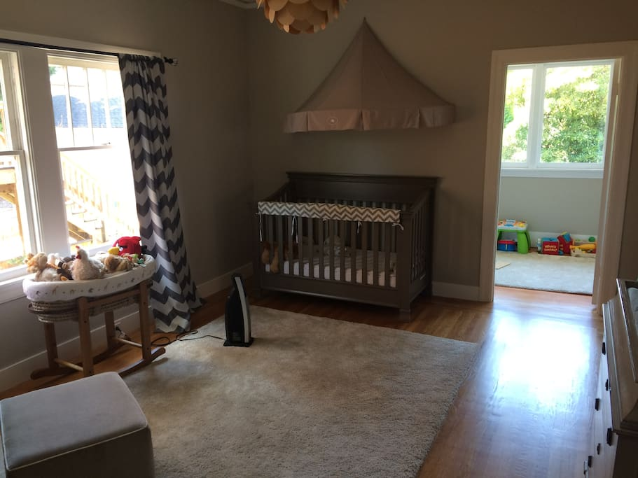 Third Bedroom set up for baby/toddler