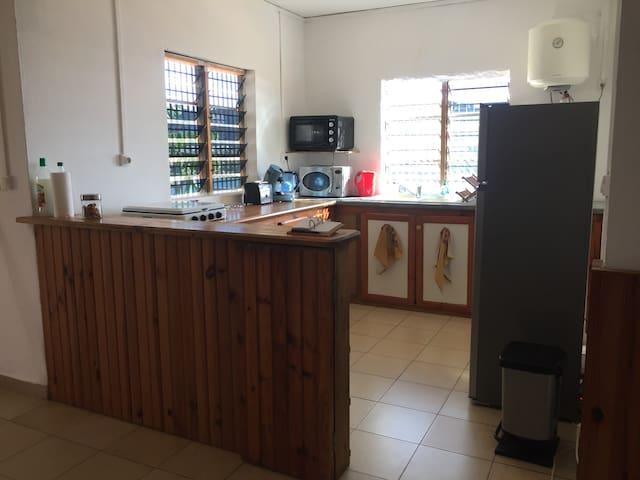 logement entier à Chiconi à côté de Sada