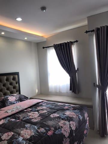 Cozy Apt Next to Bunda Margonda Hospital Depok