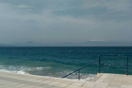 Close to the sea,quiet apartament. - Loutraki - 公寓