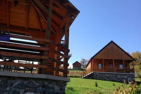 Eco village Ćorić Gacka - Podbišće