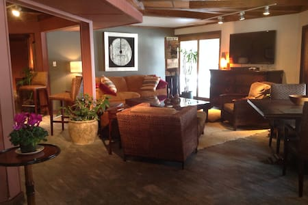 Best Lodgings in Sullivan County - Luxury Getaway - Loch Sheldrake