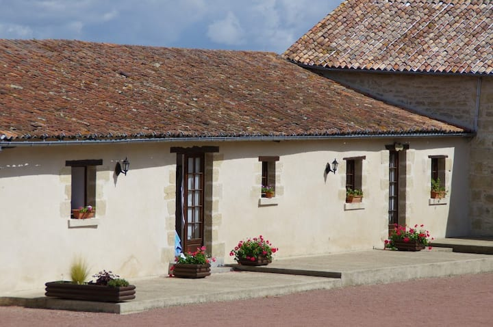 Holiday cottage/gite - Bonnezeaux