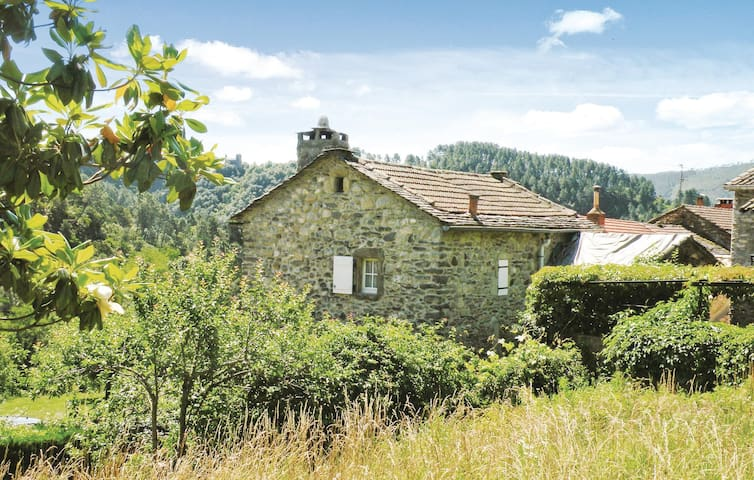 Holiday cottage with 3 bedrooms on 95m² in PEYREMALE