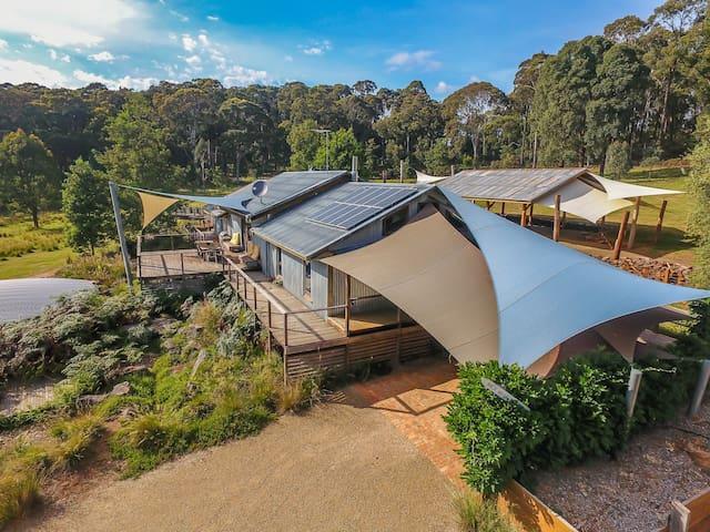 Bald Hills House Eco Bush Retreat