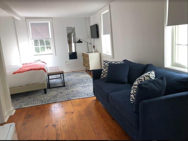 Queen Room with Sleeper Sofa at Lambert's Cove Inn