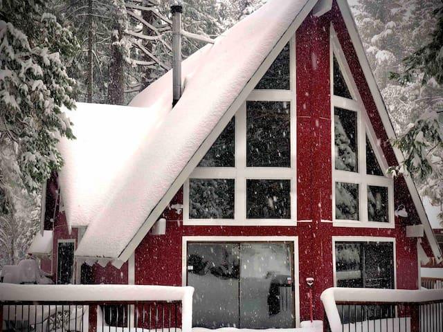 Bear Valley Ski Chalet
