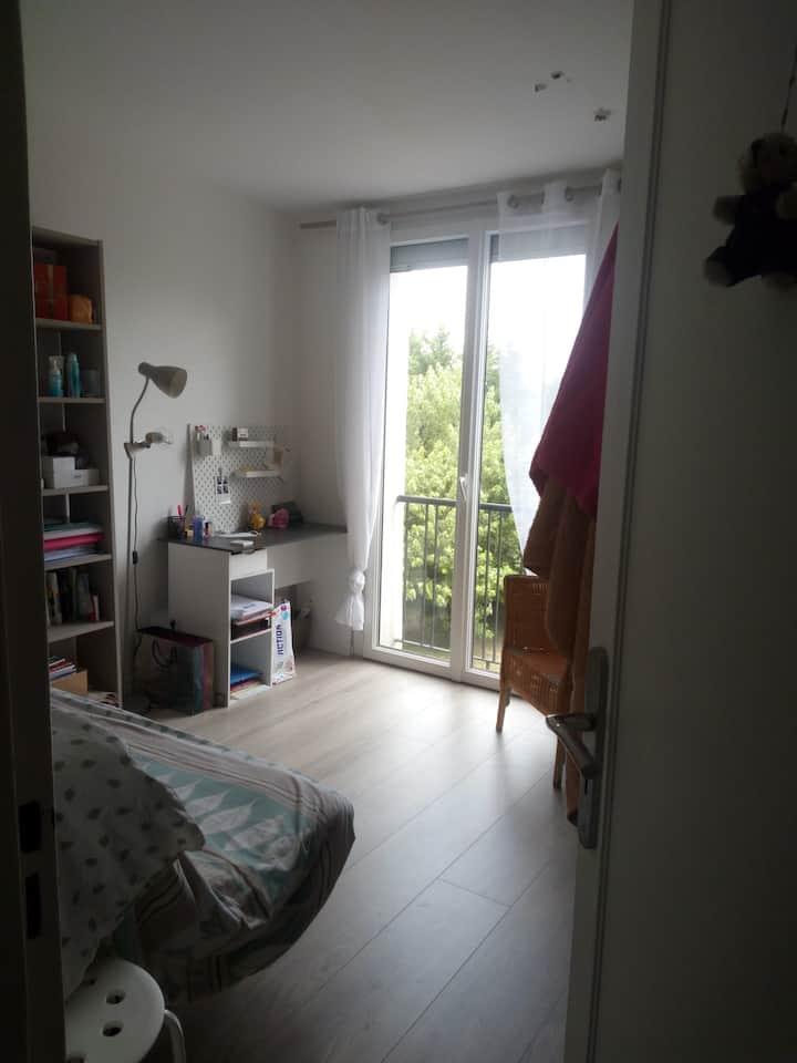 chambre dans appartement à Pessac