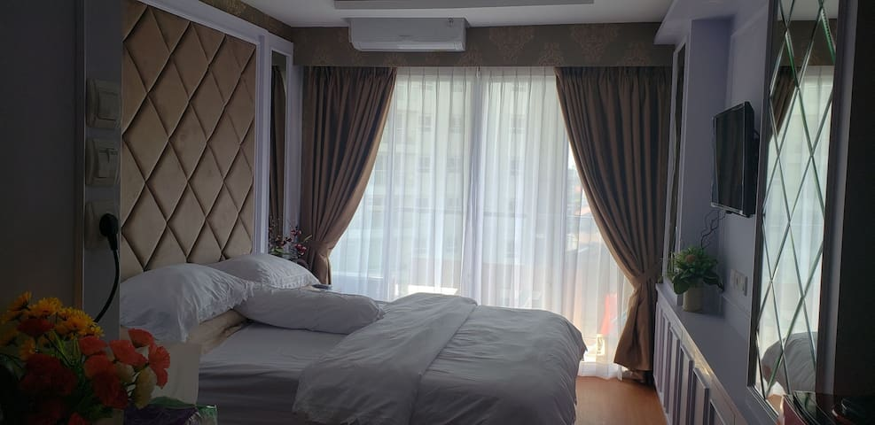 Lovely and Luxury  Studio room at Gateway Pasteur.