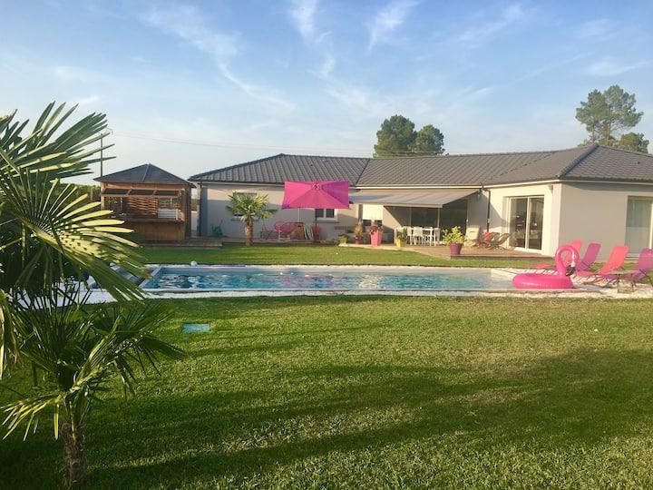 Villa au cœur des vignes - piscine, jaccuzi, clim