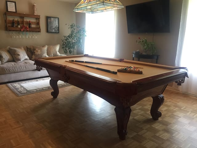 Cracker Barrel Exit + Pool Table + King Size Bed